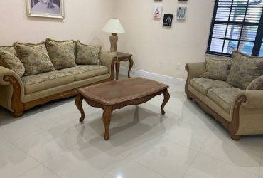 FREE Living room set (Miami)