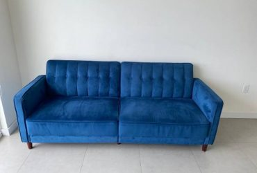 Brand new couches (Miami)