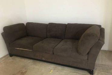 Couch (Mt vernon)
