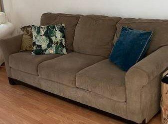 Free couch! (Bushwick)