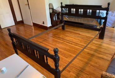 free full-size bed frame & box spring (lacks mattress & slats) (Bed-Stuy)