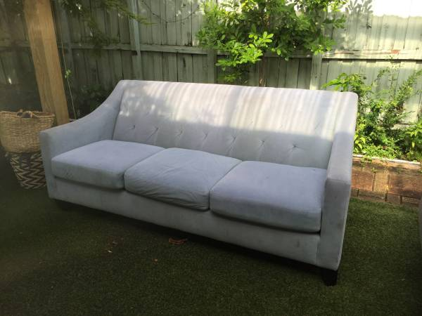 FREE  sofa after 10am (Miami)