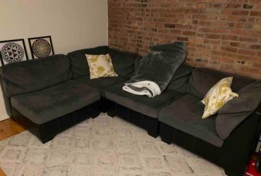 4 Piece Sectional Sofa (Downtown Brooklyn)