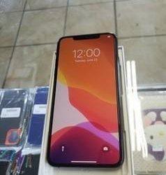 Unlocked iPhone 11 Pro Max 256GB Space Gray OLED Display – $500 (orlando)