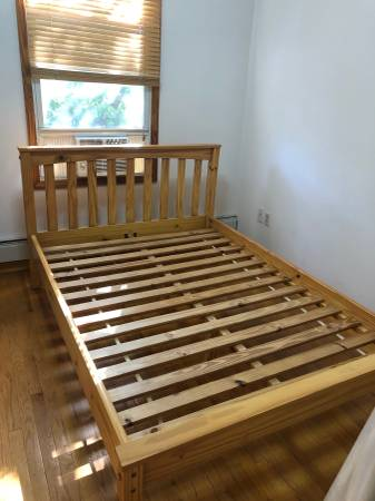 Bed Frame Free for Pick-up (Greenpoint)