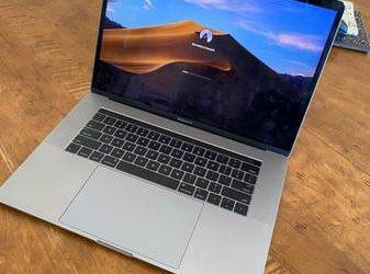 MacBook Pro (15-inch, 2016) – $300 (miami)