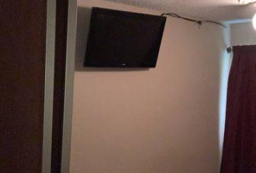 $450 / 108ft2 – Room for rent/ cuarto de renta (Katy area)
