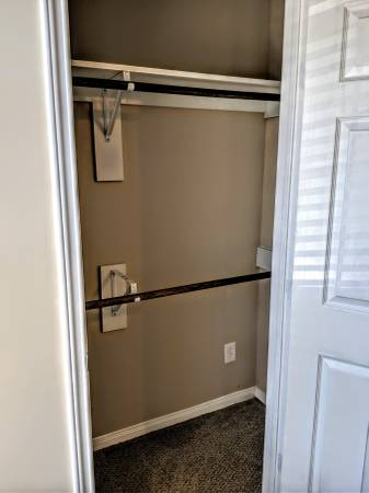 $750 Room for rent with private bath and utilities included (Katy, Energy Corridor, Cypress, Lonestar College)