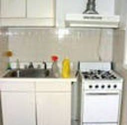 $970 Renting my room ,one block from train Station midtow (Midtown West)