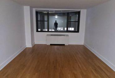 $1460 furnished room doorman building Columbus Circle (Midtown West)