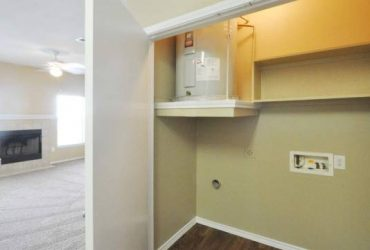 $999 / 1br – 905ft2 – Ice-makers, Full Size Washer/Dryer Connections, Free Weights