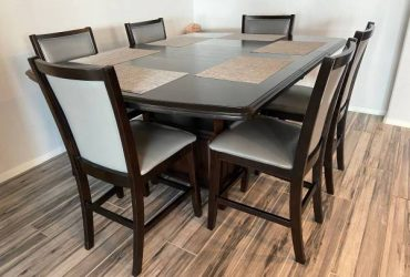 FREE Dining Table Free (South florida)