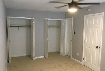 $630 Room Available in Remodeled Townhouse (Garland)