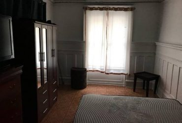 $800 SPACIOUS ROOM AVAILABLE (Inwood / Wash Hts)