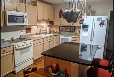 $465 Furnished room for rent! (1000 Oaks/ Jones Maltberger)