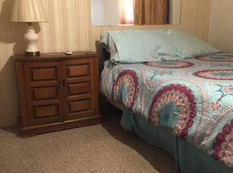 $380 Mature lady willing to share another room with the right female/male