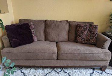 Free Brown Sofa and Loveseat (Miramar)
