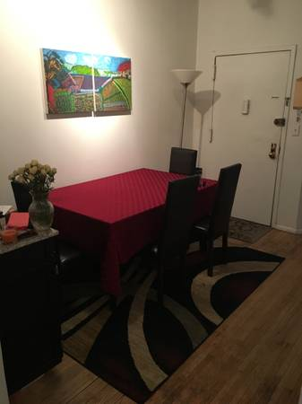 $1330 Immediate ! Fully furnished 52/9 spacious HK room laundry in bldg (Midtown West)