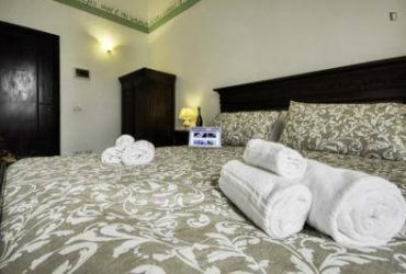 $355 / 695ft2 – Furnished Bedroom – Low Cost