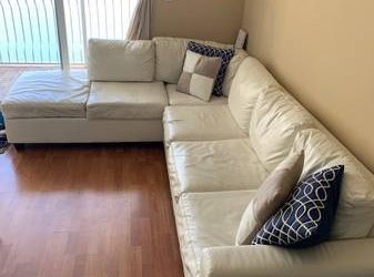 White Couch Sectional (Brickell)
