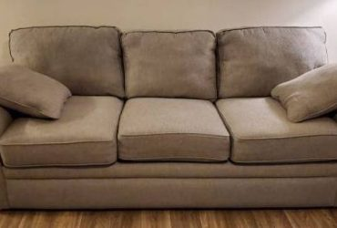 *FREE* Old Lazboy couch,great deal!!!!!