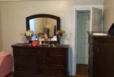 $800 UNFURNISH LARGE ROOM FOR RENT/ (Browsville)