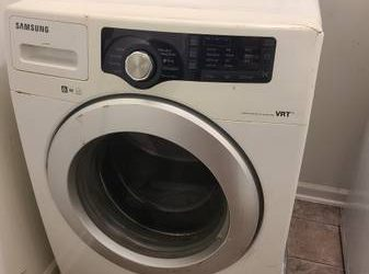 Washer/dryer, dresser, bedframe (Raleigh)