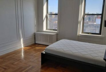 $850 Private Room by The Prospect Park – 20 mins to the city (church ave)