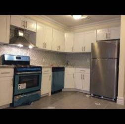 $1800 / 2500ft2 – One Room Available (Brooklyn)