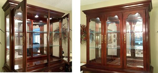 FREE Thomasville DR Breakfront (top only) (Coral Springs)