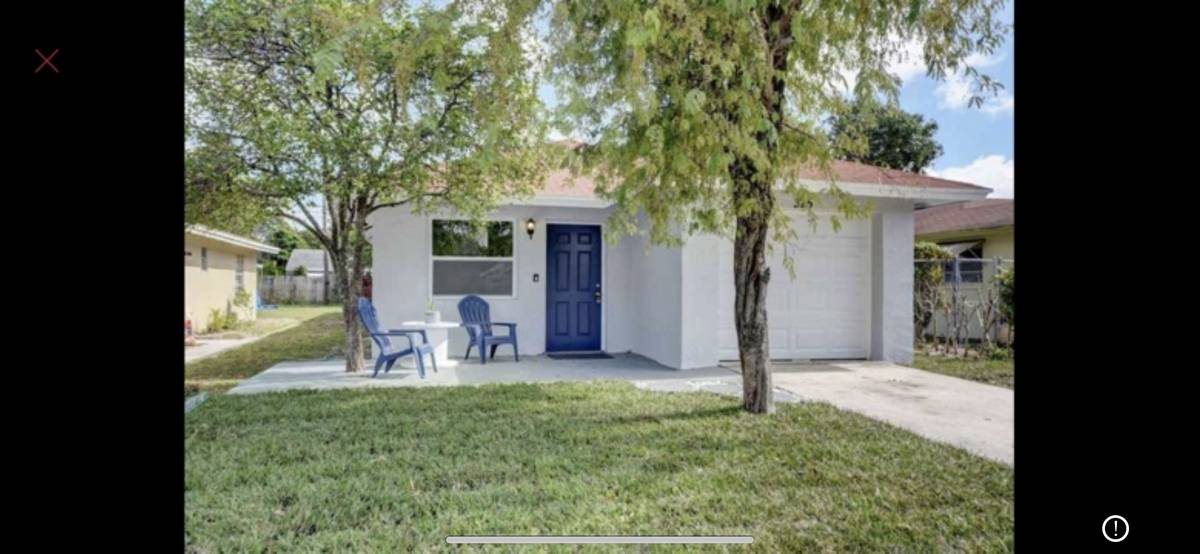 $900 / 200ft2 – Downtown Delray room for rent (33444)