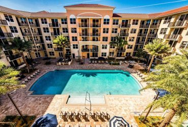 $1553 / 1br – 858ft2 – 1 bed- Resort style heated pool, Cyber Café, Secured Garage