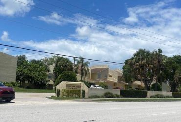 $1700 / 3br – 1593ft2 – EXCELLENT 3/2 TOWNHOUSE WITH 1 CAR GARAGE & BEAUTIFUL WATER VIEWS!! (West Palm Beach)