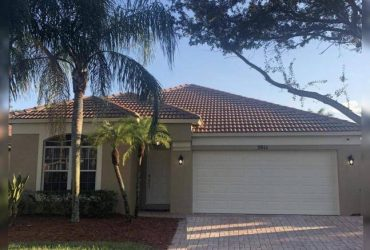$2300 / 3br – 1580ft2 – LARGE 3/2 HOME WITH EXTRA SPACE FOR A 4TH ROOM WITH 2 CAR GARAGE!! (Palm Beach Gardens)