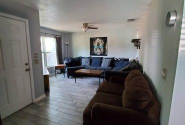 $700 / 1200ft2 – 2 Rooms for Rent in Beautiful home in South St Pete (St Petersburg not far from USFSP)