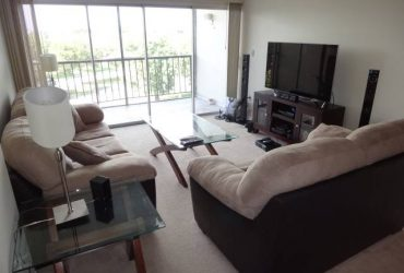 $900 / 1510ft2 – ROOM FOR RENT IN 3/2 IN FONTAINEBLEAU!!! (Fontainebleau)