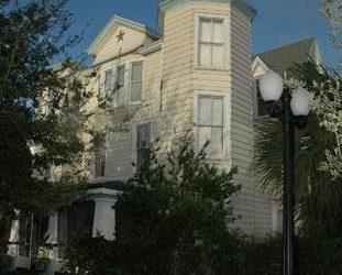 $210 Weekly Furnished Room single occupancy (Sanford)