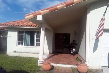 $3000 / 3br – 1726ft2 – House 3 bedrooms 2 bathrooms near Coral Gables (Coral Gables)