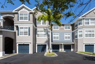 $1865 / 3br – 1428ft2 – Grand well-appointed floor plans as large as 1,800 square feet! (2600 W Grand Reserve Cir)