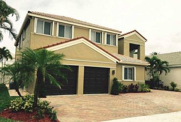 $4600 / 5br – A Contemporary home in weston waiting for a family to rent! (WESTON)
