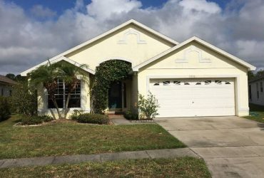 $600 / 1800ft2 – ROOM 4 RENT $600/MO, HUNTERS CREEK, VERY NICE , READ DESCRIPTION (orlando)
