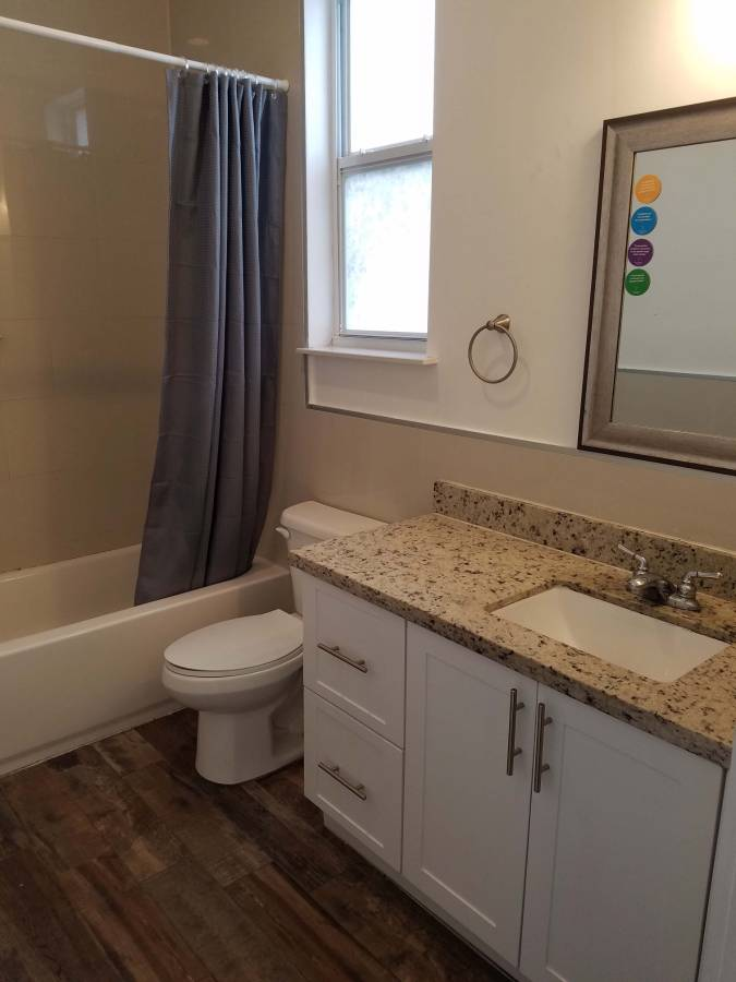 $850 Room with en suite bathroom in a new house