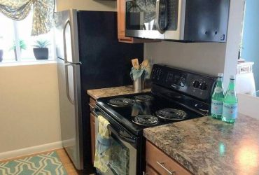 $1474 / 2br – 912ft2 – Carpet, Disability Access, Microwave (Winter Park)