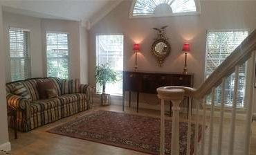 $900 Beautiful Home 3 Bedrooms, and 2 Baths (jacksonville, FL)
