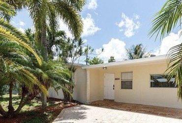 $1200 / 3br – 1238ft2 – Lovely house for rent (19220 SW 319 ST, HOMESTEAD, FL)