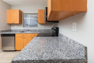 $1300 / 1br – 736ft2 – Apartment 1 bed 1 bath in Plantation (Plantation, Florida)