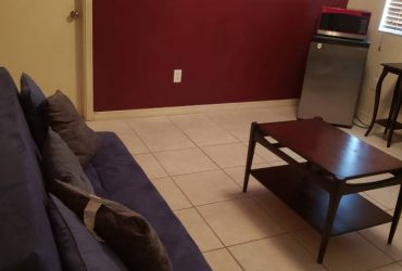 $700 Bedroom and Separate Living Room (Homestead)