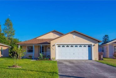 $900 / 3br – Beautiful 3 bedroom 2 bath single story home (Flamingo Lakes Dr Kissimmee, FL)