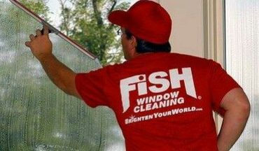 Fish Window Cleaning is Hiring Window Cleaners! (Pompano/Deerfield)