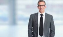 MANAGER TRAINEES & CUSTOMER ASSISTANTS $2,000/Month Start (Tampa FL)